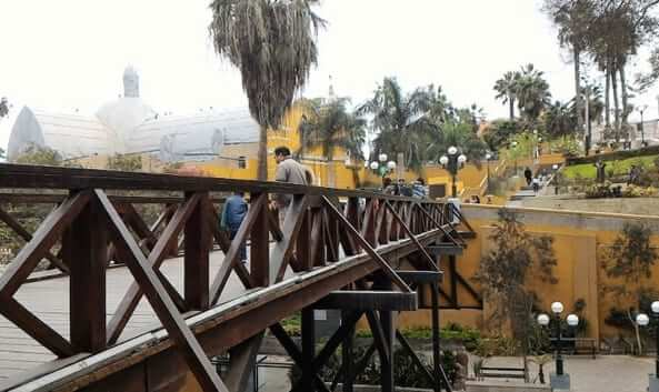 Puente de los Suspiros Bridge of Sighs barranco lima peru